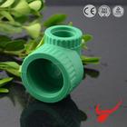 Tubulação do sistema de água montagem desenhos matéria prima apoio cotovelo