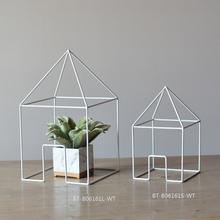New design handmade metal craft, building shape metal craft furniture accessories