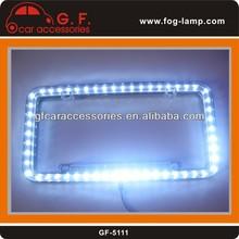 una licencia marco de la placa con luz led