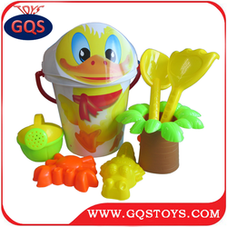 Promotional cheap cartoon toys for kids plastic beach game toys