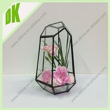 It is flat on the bottom, so it sits very well on any flat surface.//wide mouth Geometric art glass vase