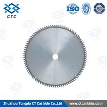 tungsten carbide saw blades in blank cutting wood with CE certificate