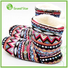 Wholesale Custom Ladies Jacquard Winter Warm Slipper Boots