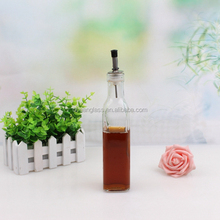 250ml square clear glass olive oil bottle with plastic lid for vinegar