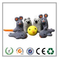 Alibaba wholesale fashion handicraft!!! Eco-friendly felt animals for kid's toy