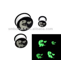 Hot sale ear flesh plugs expanders with glow in the dark noctilucent dragon logo earrings piercing body jewelry MEK0264
