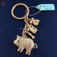 Novelty Fashion Rhinestone Alloy Crystal Animal Pig Keychains Key Ring Holder Trinket Gift Souvenir for Women Girl Jewelry