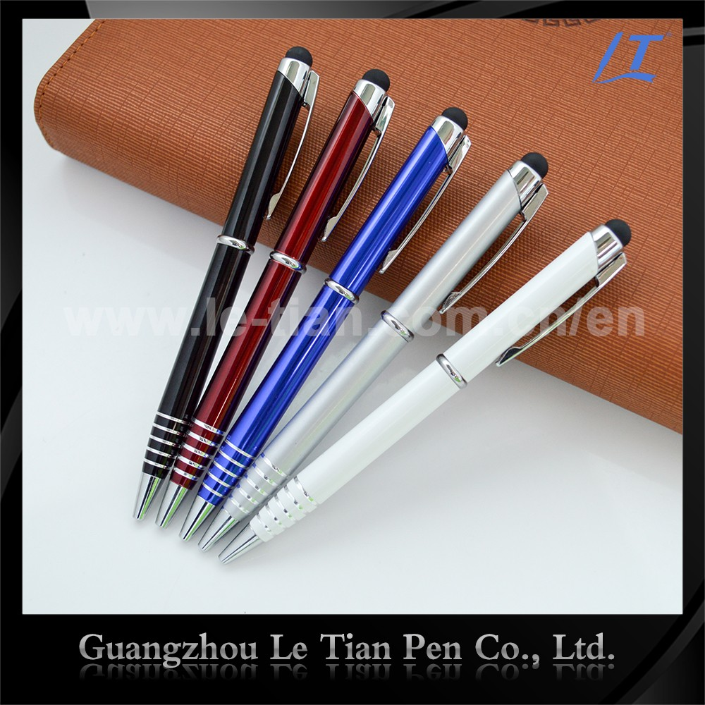 where are cross pens made