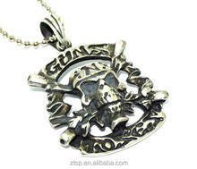 Gun and Rose fashion metal pendant new type necklace