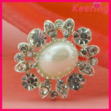 elegant big pearl center rhinestone button cloth decoration for women WBK-1357
