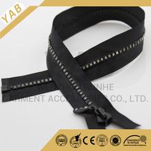 Special teeth zipper diamonds in zipper with fancy zipper pulls