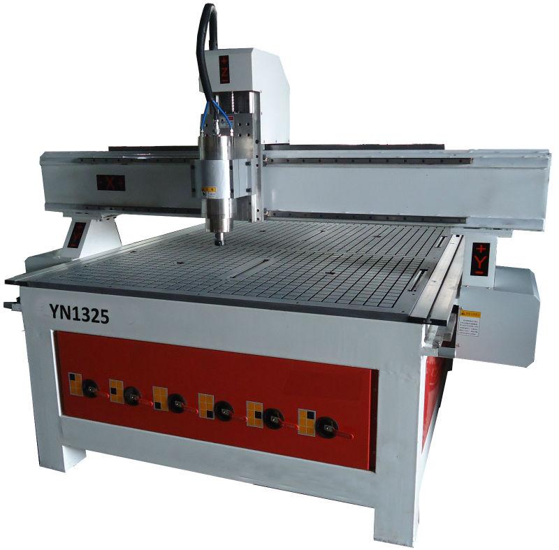 cnc مخرطة آلة السعر yn1325/ 3d cnc التوجيهآلة جيدة مع سعر المصنع والتصميم المهنية