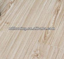Fashional waterproof wood pure white laminate flooring