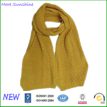 wholesale cheap yiwu scarf supplier knitted thick scarf