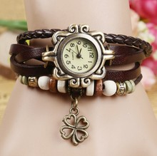 Fashion Leather Women's Analog Quartz Antique Watch Lady Bracelet Vintage Wristwatch with Kitten Cat Pendant Women relogio