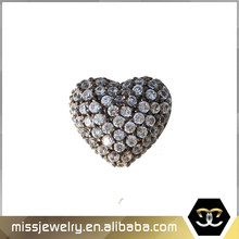 Lovely heart-shaped jewelry findings with cubic zircon inlay around