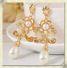 2015 fashion gold pearl dangle earrings black dangle earrings fashion gold plated earring (DYE-030