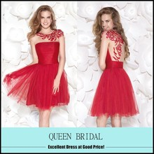 High Quality Scoop See Through Back Appliqued Lace Cocktail Dresses Short Red