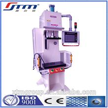 Prensa troqueladora de metal hidráulico multiusos por control numérico computarizado