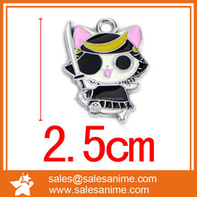 Cat-eyed vampire warrior cat with a metal figure pendant 100 a bag