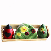 Lady bird design wholesale ceramic napkin holder with salt and pepper shaker set
