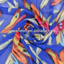 la pluma bastante caliente diseño de tela de la gasa vestido de venta