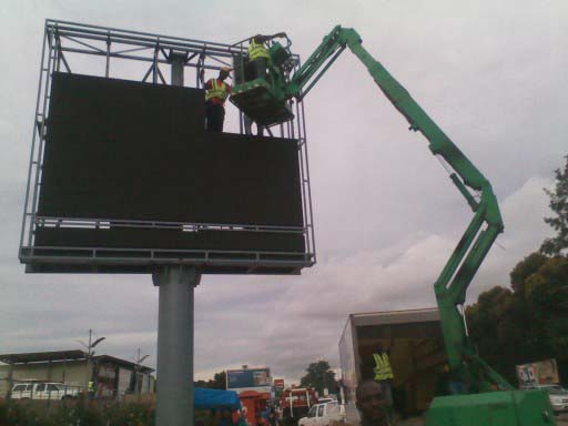 Outdoor Advertising Steel Structure Unipole Led Display