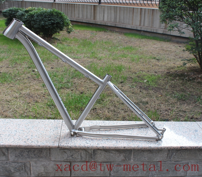 titanium road bike frame01.jpg