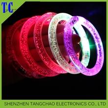 2016 Glow in the dark bracelet hot selling party favors cheap custom promotional flashing toy LED bracelete