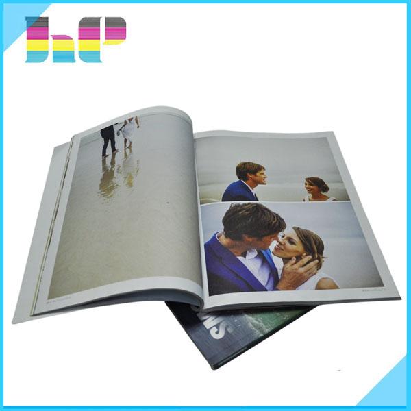 Impressão de revistas de papel barato moda barato na China