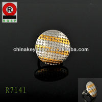 Wholesale carving round metal new design large ring for men