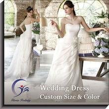 Encantador vestido de satén de alta moda
