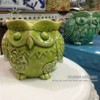 2013 unique hand maded grass green ceramic animal shape candle holders made in Jingdezhen