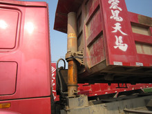 used year 2012 SINOTRUCK Howo 70t 8*4 Dump Truck second hand China brand Howo year 2012 70000kg 8*4 dump truck for sale