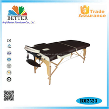 Mix color wooden therapeutics massage table with carry bag
