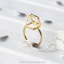 Fashion diamond shape gold metal ring fashion ladies finger ring