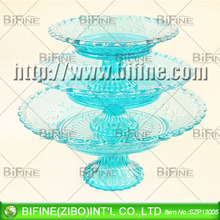 vidro colorido sobremesa e frutas placas