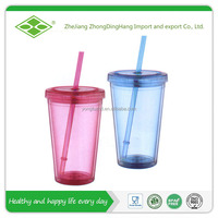 16oz plastic cup with straw