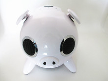 cute pig bluetooth speaker with hands-free call function