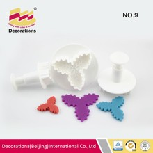 High quality holly leaf shaped plastic plunger cutter for fondant cake decorations beijing factory
