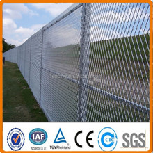 High quality hot sale light weight expanded metal wire mesh safety fence(manufacture)