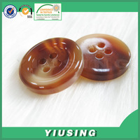 wholesale all types of plastic fashion button for garment