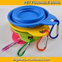 Hot sale colourful small size pet dog water food feeding travel cup folding retractable silicon gel carabiner collapsible bowl