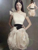 одно плечо платье короткой стороной красивый стиль для мини-невесты Свадебные платья
