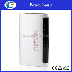 Manufacturer wholesale Aluminum 2.1A mobile travel charger 8000mAh battery power bank for iPhone ipad