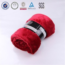 2014 Hot Sale Ultra Soft Wholesale China Factory Bedding Set Micro Fabric 100% Polyester Warm Soild Throw Flannel Fleece Blanket
