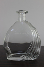 HOT 750ML DESIGNED ROUND GLASS BOTTLE FOR BALMY JUICE LIQUEUR IN SWEET-SCENTED RELISH