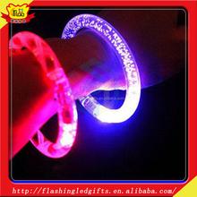 New Product Wholesale Acrylic Fashion Bracelets 2015 Gift Items LED Flashing Acrylic Bracelet
