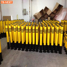 Popular Multicolor Fixed Base Warning Parking Lot Safety Traffic Barrier