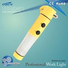 2015 Hot sale 2AA battery powered Motor vehicle safety emergency hammer flashlight